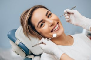 woman undergoing dental checkup